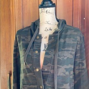 Sanctuary green camo button up jacket